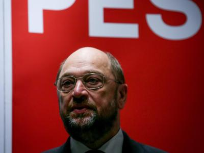 Sozialisten präsentieren Schulz als ersten EU-Spitzenkandidaten. Foto: Olivier Hoslet