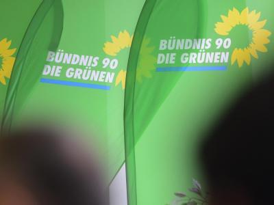 Nach ihrem enttäuschenden Abschneiden bei der Bundestagswahl gab es bei den Grünen viel Wundenlecken. Auch das Wahlprogramm soll Schuld gewesen sein. Nun versuchen sie es für die Europawahl knackiger. Foto: Stefan Sauer
