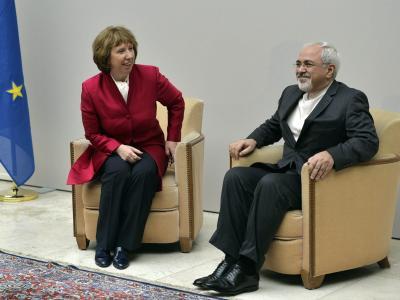 Die EU-Außenbeauftragte Catherine Ashton und Irans Außenminister Mohammed Dschawad Sarif in Genf. Foto: Martial Trezzini