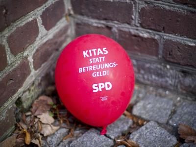 SPD-Wahlkampfforderung: Das Betreuungsgeld dürfte zum Zankapfel bei Koalitionsverhandlungen werden. Foto: Jan-Philipp Strobel/Archiv