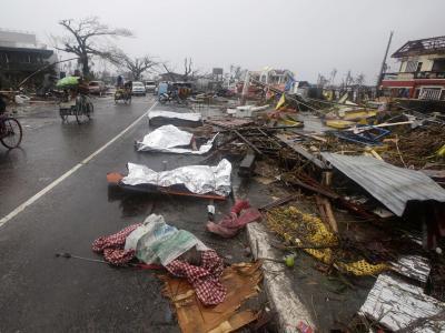 Die Zahl der Taifun-Opfer wird noch drastisch steigen. Foto: Dennis M. Sabangan