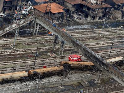 Mitten in Viareggio war am 29. Juni 2009 ein mit Flüssiggas beladener Zug entgleist. Foto:Carlo Ferraro