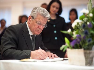 Bundespräsident Gauck kondoliert