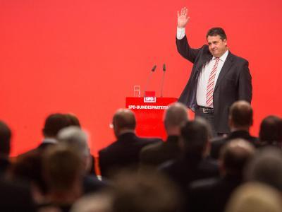 «Wir alle sind die Führung der Partei», meint Sigmar Gabriel. Foto: Hannibal
