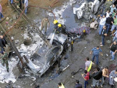 Zwei Selbstmordattentäter haben sich vor der iranischen Botschaft in Beirut in die Luft gesprengt. Foto: Wael Hamzeh
