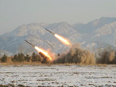 Raketenstarts in Nordkorea: Die Diktatur kann kann nach Einschätzung Südkoreas auch Bomben aus hoch angereichertem Uran bauen. Foto: KCNA/Archiv