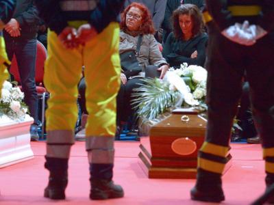 Auf der ganzen Insel Sardinien wurden heute Opfer der Überschwemmungen bestattet. Foto: Ciro Fusco