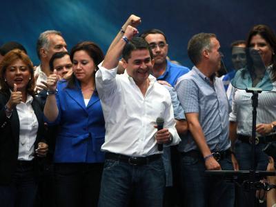 Die Konservativen bleiben in Honduras vier weitere Jahre an der Macht. Juan Orlando Hernández, Kandidat der Nationalen Partei, wird allerdings im Kongress auf seine politischen Gegner zugehen müssen. Foto: Gustavo Amador