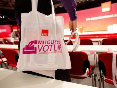 Schon 50 000 SPD-Mitglieder könnten ausreichen, um die Koalition zu verhindern. Foto: Kay Nietfeld