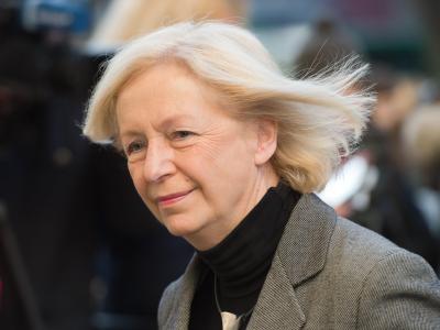 Die amtierende Bundesbildungsministerin Johanna Wanka erwartet einen BaföG-Reform: «Nur weil es nicht im Vertrag steht, heißt es ja nicht, dass es nicht kommt.» Foto: Maurizio Gambarini
