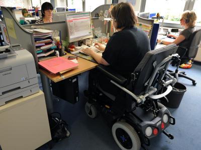 Nur wenige Menschen mit Behinderung profitieren vom Aufschwung auf dem Arbeitsmarkt. Foto: Waltraud Grubitzsch