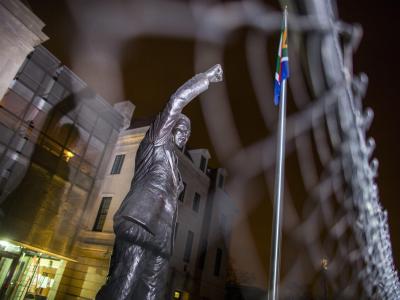 Als Chef des militärischen Flügels des ANC musste Mandela 27 Jahre hinter Gittern verbringen. Foto: jim Lo Scalzo