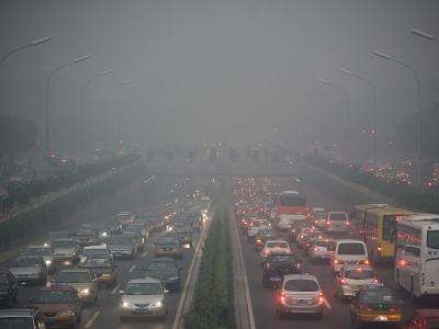 In Zentral- und Ostchina haben die Behörden erneut Smog-Alarm ausgerufen. Foto: Diego Azubel/Archiv
