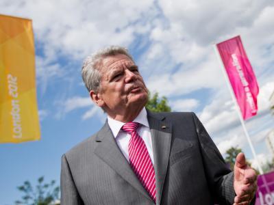 Joachim Gauck fährt nicht zu Olympia nach Sotschi: Menschenrechtler zollen dem Bundespräsidenten Lob für seine Haltung. Sport-Funktionäre wollen Gaucks Entscheidung indes nicht überbewerten. Foto: Michael Kappeler