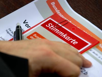 Stimmkarte eines Delegierten des Bundesausschusses der CDU. Foto: Tim Brakemeier