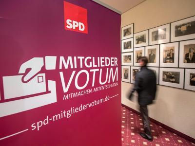 Noch ist unklar, wie die SPD-Basis entschieden hat. Foto: Michael Reichel