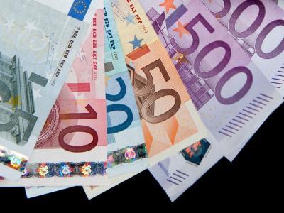 «Die neue Regierung muss auf Einsparungen, Schuldenabbau und eine effiziente Ausgabenstruktur setzen», sagt Verbandspräsident Reiner Holznagel. Foto: Robert Schlesinger/Archiv/Symbolbild