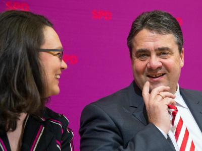 Der SPD-Vorsitzende Sigmar Gabriel und Generalsekretärin Andrea Nahles haben gut lachen: Es gab ein eindeutiges