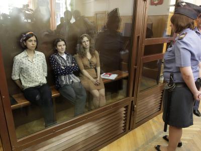 Auch die Mitglieder von Pussy Riot können auf die Amnestie hoffen. Foto: Maxim Shipenkov/Archiv