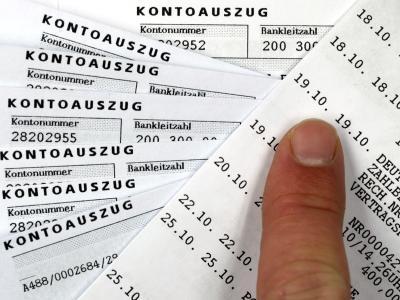 Bei einer Selbstanzeige besteht die Möglichkeit, straffrei auszugehen. Allerdings müssen Steuersünder dafür komplett reinen Tisch machen. Foto: Jens Büttner/Archiv