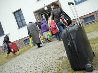 Flüchtlinge beziehen die Oderland Kaserne in Frankfurt/Oder. Foto: Oliver Mehlis