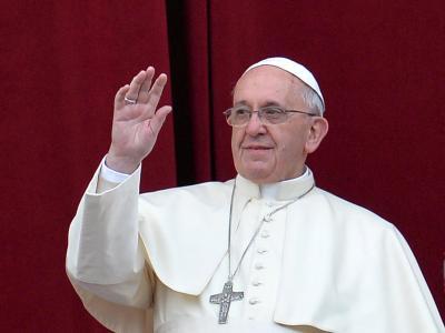 Papst Franziskus spendet den traditionellen apostolischen Segen «Urbi et Orbi». Foto: Ettore Ferrari