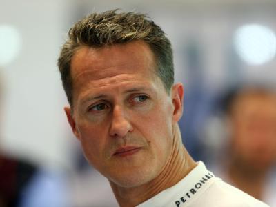 Michael Schumacher im September 2012 in Singapur. Die Formel-1-Legende befindet sich nach einem Skiunfall in einem kritischen Zustand. Foto: Jens Buettner/Archiv