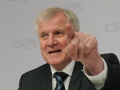 Horst Seehofer ist gegen eine Energiewende auf Pump. Foto: Tobias Hase