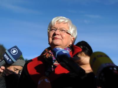 Die Vorsitzende der CSU-Landesgruppe im Deutschen Bundestag, Gerda Hasselfeldt, bei ihrer Ankunft zur CSU-Winterklausur in Wildbad Kreuth. Foto: Andreas Gebert
