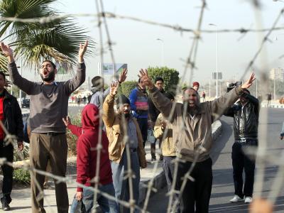 Der Prozess wurde verschoben, viele Mursi-Anhänger sind aufgebracht. Foto: Khaled Elfiqi