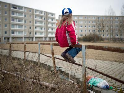In Deutschland ist fast jedes fünfte Kind von Armut bedroht. Foto: Patrick Pleul/Symbolbild