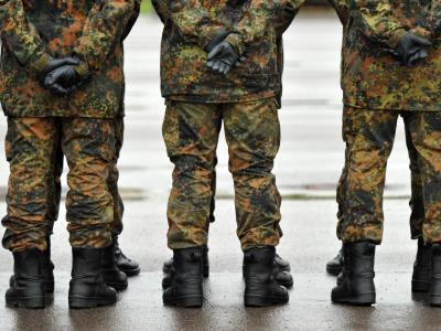 Die Bundeswehrreform wurde 2010 vom damaligen Verteidigungsminister zu Guttenberg auf den Weg gebracht. Foto: Hendrik Schmidt