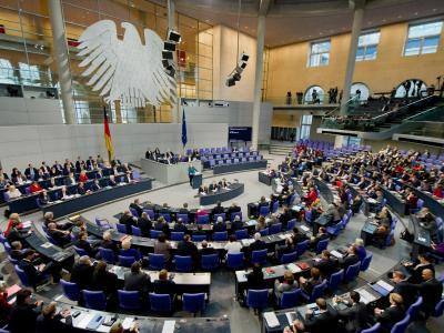 In der Debatte um die Stärkung der Oppositionsrechte hat Parlamentspräsident Norbert Lammert einen Vorschlag präsentiert. Foto: Tim Brakemeier/Archiv