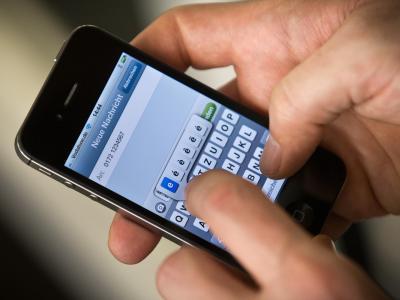 Nach Medienberichten sammelt der US-Geheimdienst NSA fast 200 Millionen SMS-Nachrichten pro Tag. Foto: Michael Kappeler