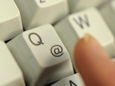 Bei einem Passwort am besten Groß- und Kleinbuchstaben, Sonderzeichen und Zahlen gleichzeitig verwenden. Foto: Jan-Philipp Strobel