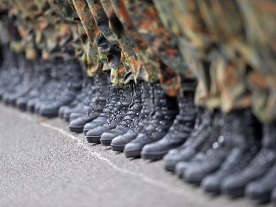 Soldaten der 10. Panzerdivision stehen in Formation. Foto: Andreas Gebert