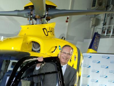 Die Hubschrauber-Nutzung des ADAC-Präsidenten Peter Meyer ist in die Kritik geraten. Foto: Peter Kneffel/Archiv
