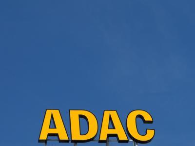 In einer außerordentlichen Hauptversammlung soll die Neuausrichtung des ADAC beschlossen werden. Foto: Jens Wolf