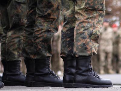 Soll Deutschland stärker an der Eindämmung von Krisen im Ausland mitwirken - und wenn ja wie? Mehrere Fachpolitiker aus dem Bundestag haben sich nachdenklich und skeptisch in die Debatte über mehr militärisches Engagement eingeschaltet. Foto: Rochus Görge