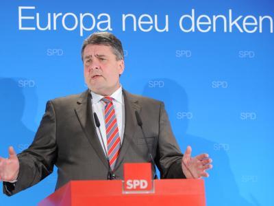 Die SPD will sich im Europawahlkampf auch für eine schärfere Regulierung der Finanzmärkte und ein Europa der Bürger einsetzen. Foto: Bernd Settnik