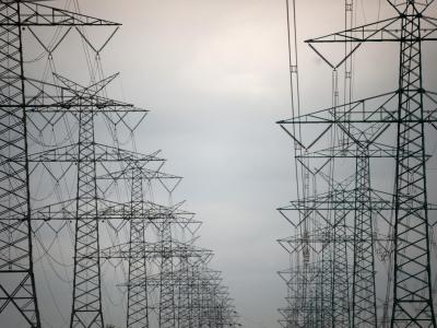 Das Stromnetz-Ausbauprojekt sorgt für Streit in der Koalition. Foto: Christian Charisius