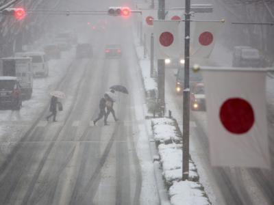 Heftige Schneefälle stören den Verkehr in Japan. Foto: Christopher Jue