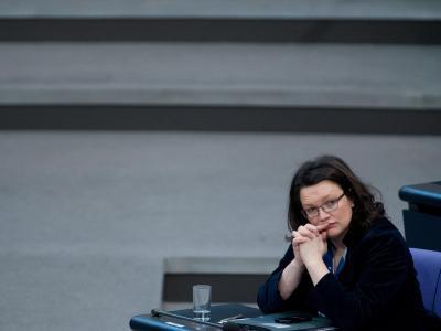 Nachdenklich: Andrea Nahles während einer Sitzung des Bundestags. Foto: Maurizio Gambarini