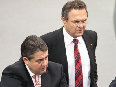 Der zurückgetretene Landwirtschaftsminister Hans-Peter Friedrich (CSU) hat sich versöhnlich zur Rolle von SPD-Chef Sigmar Gabriel geäußert. Foto: Michael Kappeler/Archiv