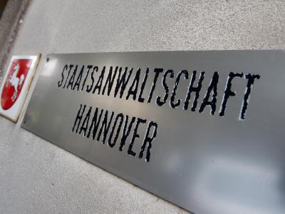 Die Staatsanwaltschaft Hannover will dem Fall Edathy auf den Grund gehen. Foto: Julian Stratenschulte/Archiv