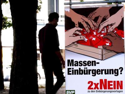 """Plakat gegen """"Masseneinbürgerung"""""""