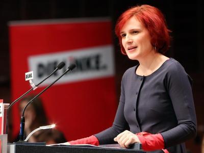 Die Bundesvorsitzende der Partei Die Linke, Katja Kipping, spricht in Hamburg. Foto: Bodo Marks
