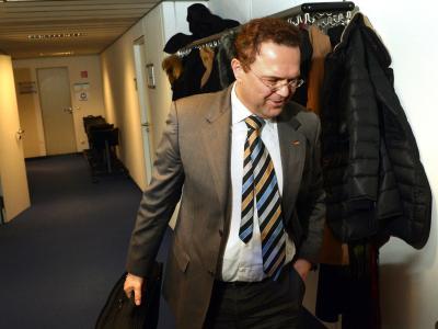 Knapp zwei Monate war er Bundeslandwirtschaftsminister - nun hat Hans-Peter Friedrich ein heikler Moment aus seiner früheren Zeit als Innenminister eingeholt. Foto: Peter Kneffel