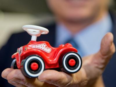 Miniatur-Bobby-Car: Ein solches Kinderspielzeug - in Originalgröße - spielte im Wulff-Prozess ebenfalls eine Rolle. Foto: Daniel Karmann/Archiv