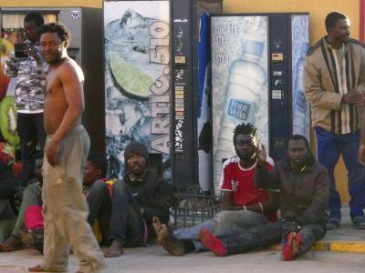 Ihre Zukunft ist ungewiss: Flüchtlinge in der spanischen Afrika-Exklave Melilla. Foto: Noelia Ramos
